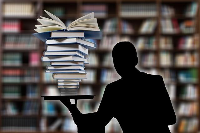 本で調べる人