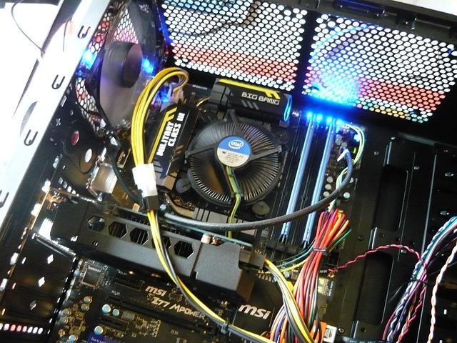 パソコン内部の写真